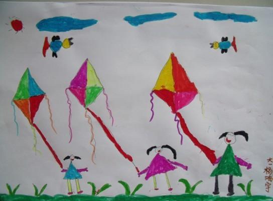 幼儿园在雨伞上画画图片