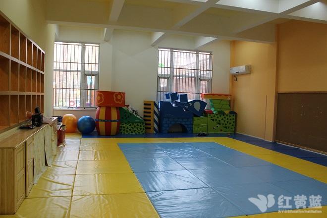 威县红黄蓝仲夷双语幼儿园